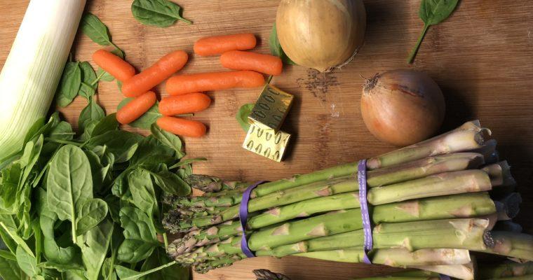 Groene asperges soep zonder room